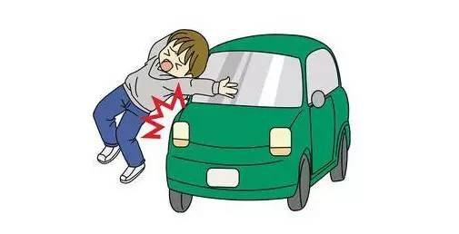 路上走公交车道是违反交通法!