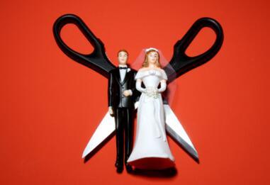 离婚协议中对子女的财产赠与可以任意撤销吗?