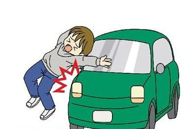 男童街头玩扭扭车遭碾死,谁负责?