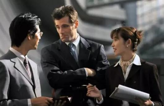 解雇员工时,公司如何做到低风险?