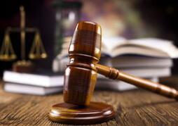 温州一律师买了2盒方便面,拿到800元赔偿!